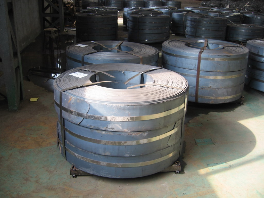 Mill edge & Slit edge Q195, Q215, Q235, SPHC, 08 AL, 08 YU Hot Rolled Steel Strip / Strips